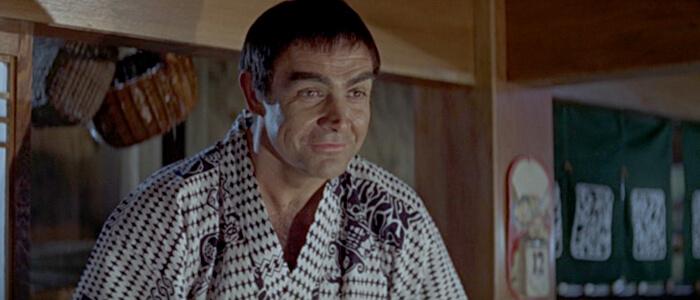 在小說《雷霆谷》(You Only Live Twice) 裡,龐德讓出「007」的 00 探員代號。
