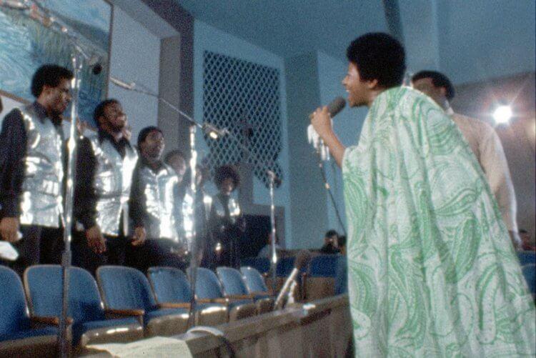 1972 年拍攝的《奇異恩典》由於法蘭克林屢屢阻止,等到她過世了才被釋出。