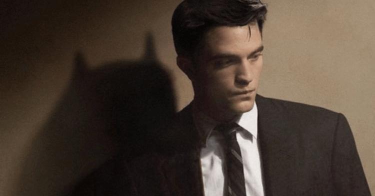 憑藉《暮光之城》系列走紅的羅伯派汀森是新一任的蝙蝠俠。