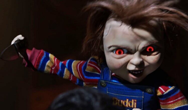 別忘了砍殺類恐怖片還有這個殺人不眨眼的小娃娃:恰吉。
