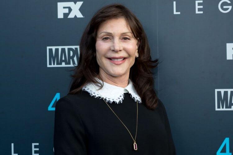 蘿倫蘇勒唐納擁有將近 40 年的監製經驗,監製了至今每部《X 戰警》系列作品。