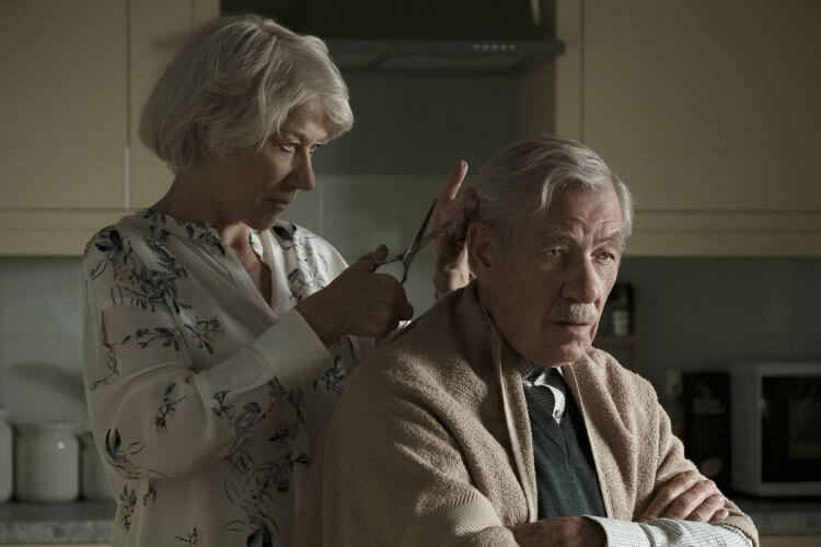 《大說謊家》電影中「貝蔕」海倫米蘭與「羅伊」伊恩麥克連的遲暮戀曲,背後藏有不應被遺忘的罪與傷痛。