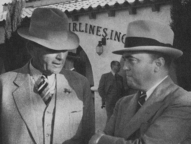 即將改編成電影的小說《花月殺手》,圖中的真實人物懷特(左)與胡佛(右)影星李奧納多皆曾飾演過。