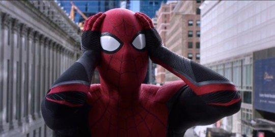 湯姆霍蘭德飾演的蜘蛛人