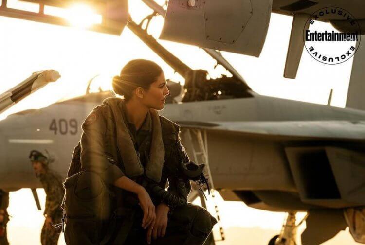 「鳳凰」(Phoenix):《捍衛戰士:獨行俠》演員莫妮卡巴爾巴羅。