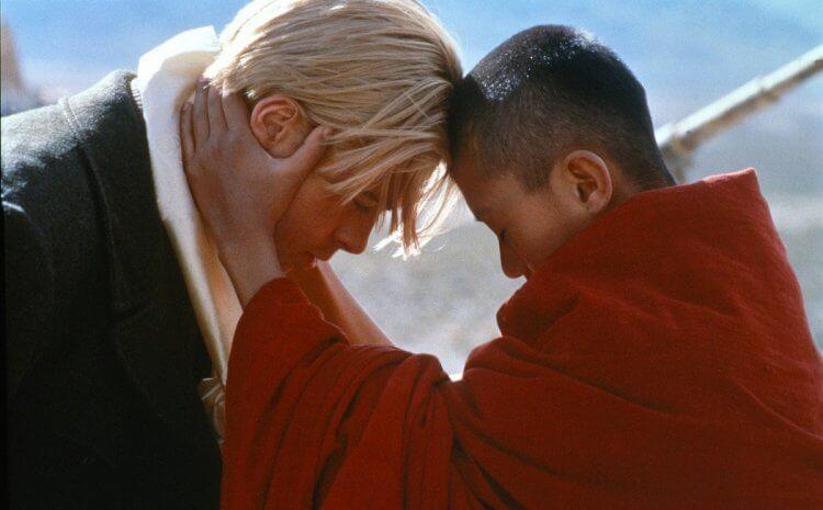 布萊德彼特 (Brad Pitt) 主演的《火線大逃亡》講述達賴喇嘛某個時期的故事