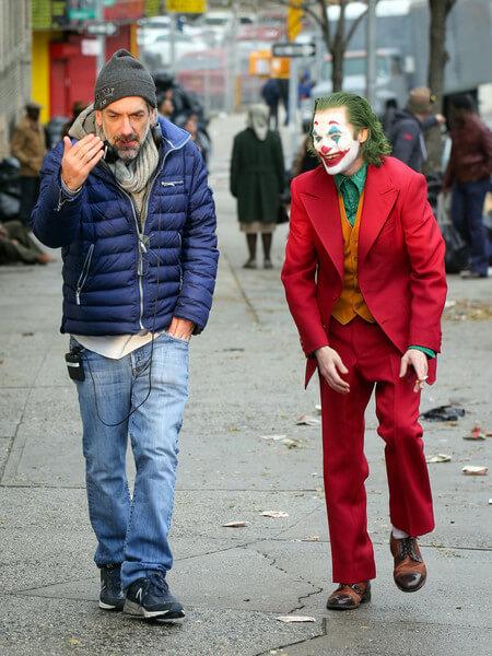 《小丑》片場照。