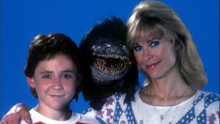 1986 年的外星小魔怪系列電影《外星通緝者》,大受歡迎的該系列還推出許多續集。