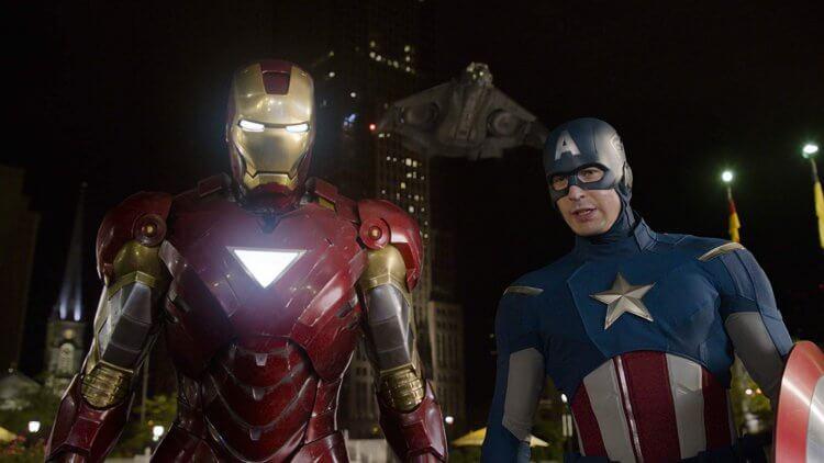 小勞勃道尼飾演的「鋼鐵人」與克里斯伊凡飾演的「美國隊長」在《復仇者聯盟》裡總是一言不合就開吵。