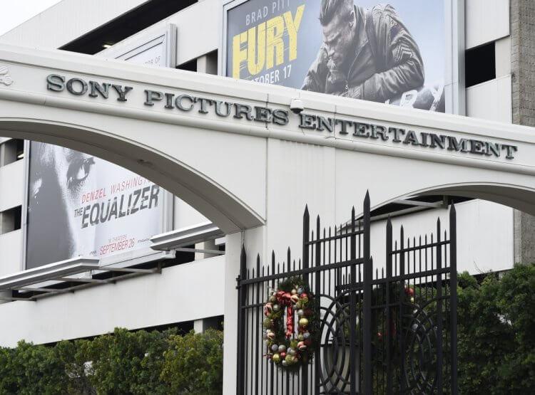 《從前,有個好萊塢》是由索尼影業發行,但他們不打算發行自家的串流平台,也替「影集版」的去處打上問號。