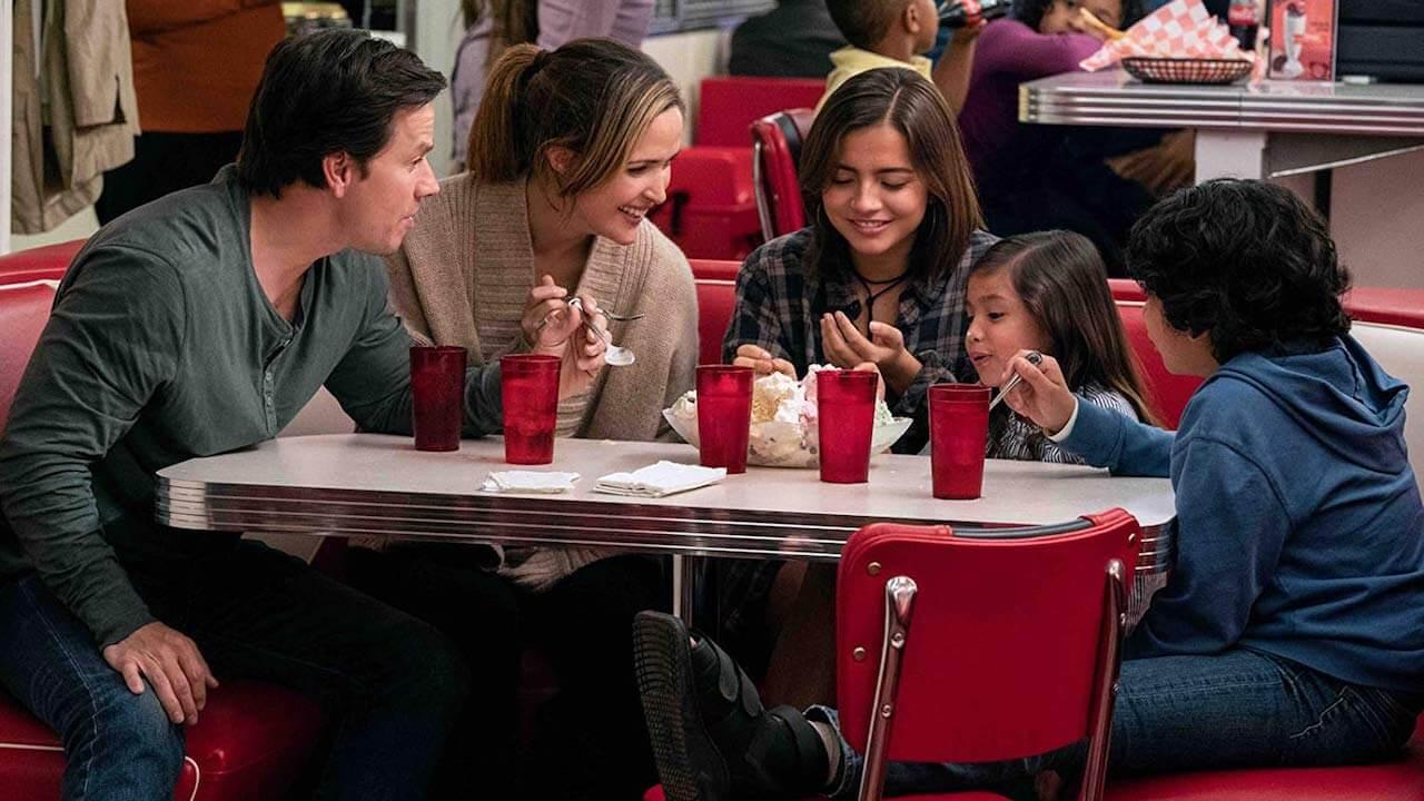 【影評】《速成家庭》「愛」沒有速成班,而真正的家人只會持續挹注愛首圖