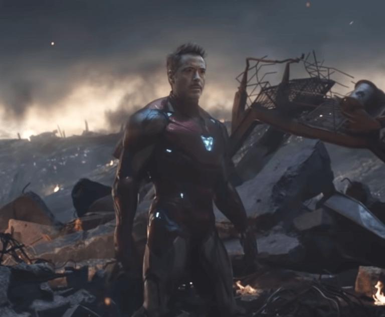《終局之戰》預告片段中鋼鐵人的新盔甲。