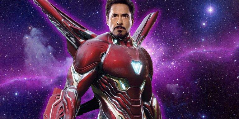 小勞勃道尼 (Robert Downey Jr.) 在漫威《復仇者聯盟》系列飾演超級英雄:鋼鐵人 (Iron Man)。