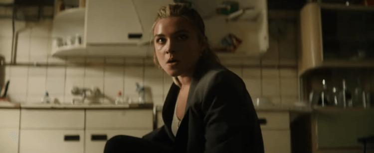 弗洛倫斯佩治在 MCU《黑寡婦》個人電影裡,飾演與娜塔莎羅曼諾夫(史嘉蕾喬韓森 飾)同樣接受過紅房訓練的特務:伊蓮娜貝洛娃。