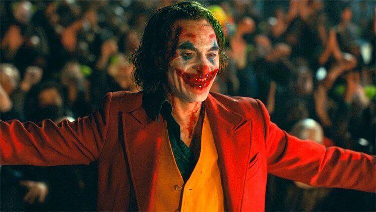 《小丑》瓦昆菲尼克斯。