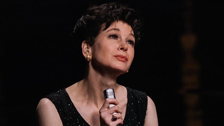 【影評】《茱蒂》:在舞台中央,呼喊無人聽到的愛