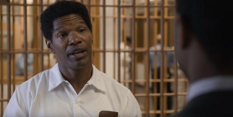 曾獲得奧斯卡最佳男主角獎的傑米福克斯在《不完美的正義》中演出死囚華特。