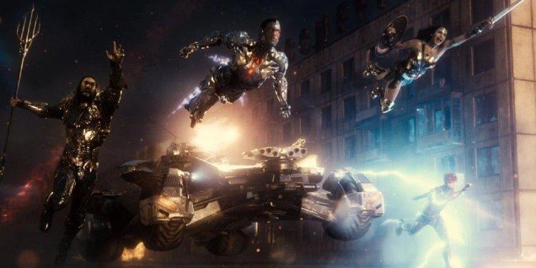 導演版推出後,「查克史奈德宇宙」是否有意繼續拓展?華納執行長於訪談解答,與論及 DC 未來發展首圖