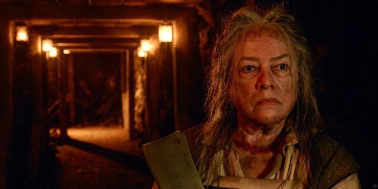 《美國恐怖故事》(American Horror Story) 中的凱西貝茲 (Kathy Bates)