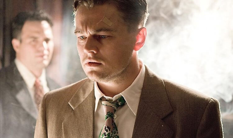 李奧納多狄卡皮歐在馬丁史柯西斯導演的《隔離島》片中飾演一位調查精神病犯人失蹤事件的聯邦法警。
