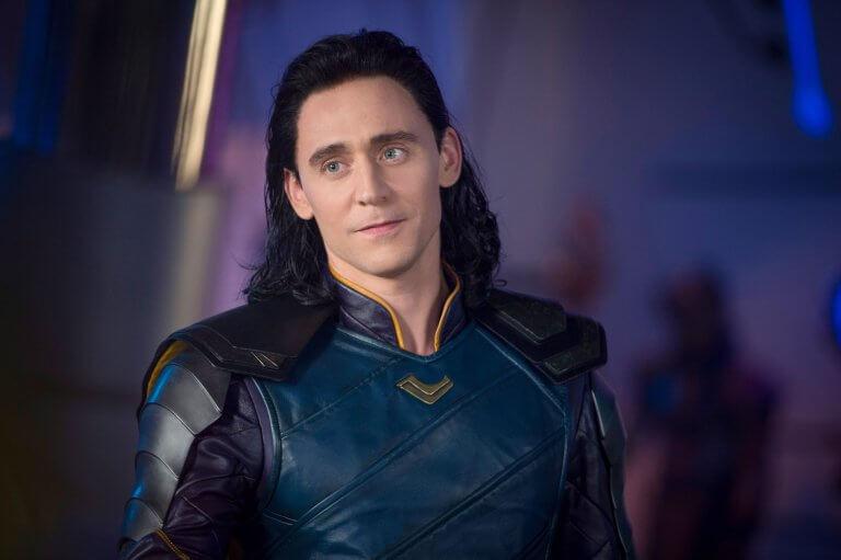 湯姆希德斯頓 (Tom Hiddleston) 飾演洛基。