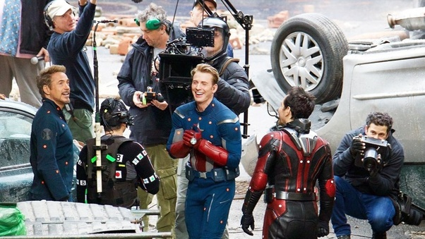 《復仇者聯盟 4》外流片場照表示眾英雄們將回到了第一集的場景。