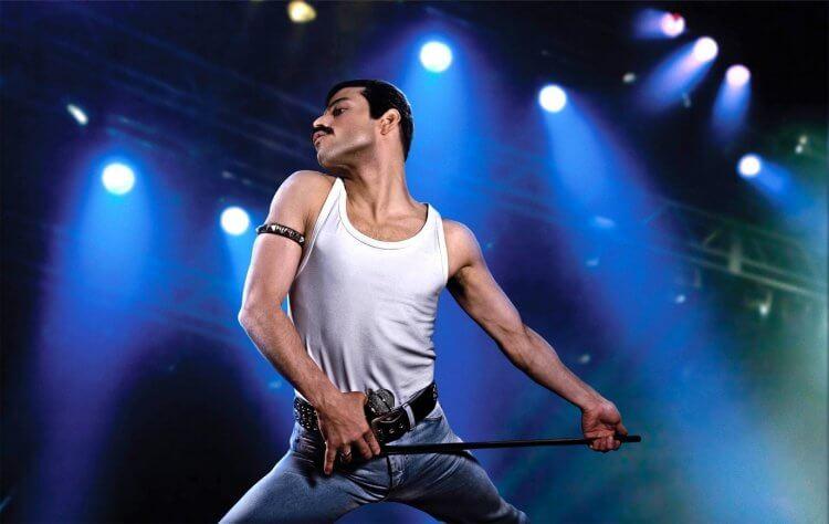 雷米馬利克在電影《波西米亞狂想曲》詮釋皇后合唱團的主唱佛萊迪墨裘瑞。