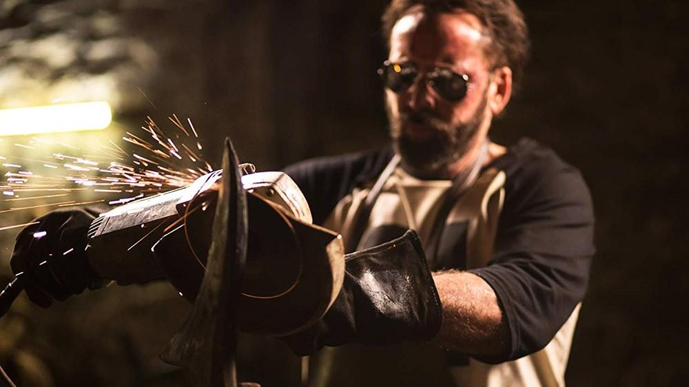 儘管這是一部非主流電影,國外影評仍激賞凱吉在《曼蒂》的表現。