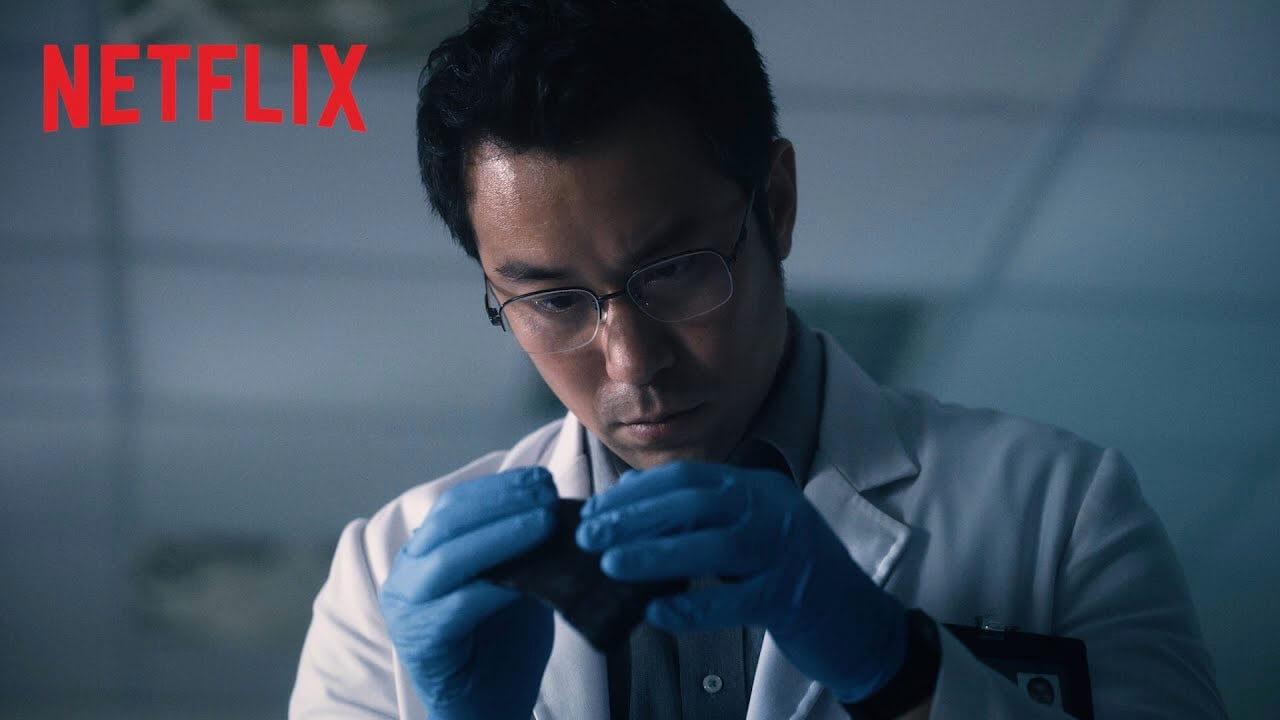 台劇《誰是被害者》將於 Netflix 上架首播,張孝全飾演的亞斯伯格症鑑識官將碰上親情與正義的天人交戰。