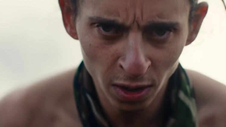 阿雷漢卓蘭迪斯導演作品,電影《失控少年兵團》中,飾演 Bigfoot 的莫伊塞斯阿里亞斯。
