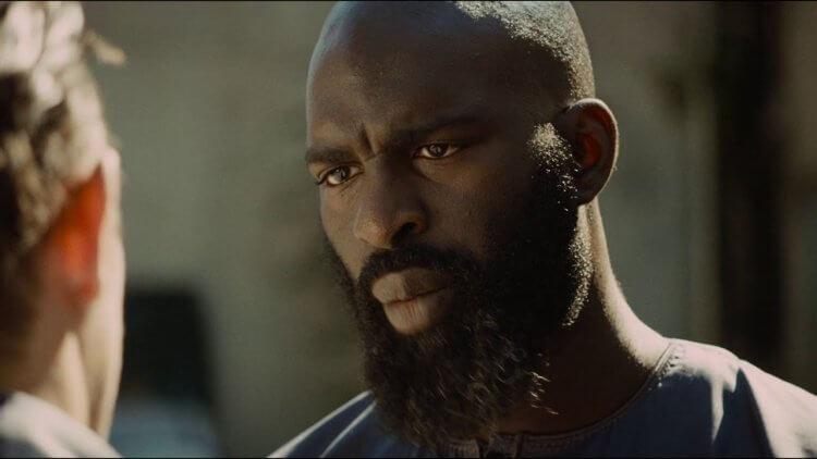 《悲慘世界》由 Almamy Kanouté 飾演的薩拉,是位洗心革面的角色。