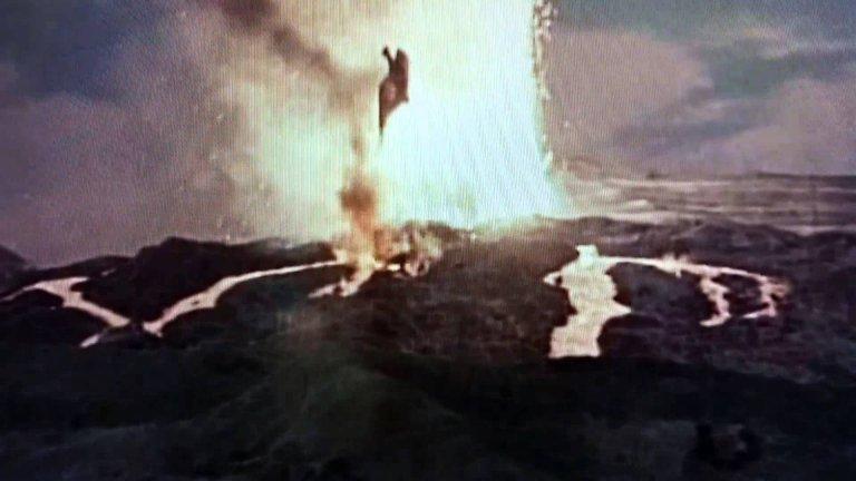 最後拉頓在岩漿噴發中振翅至死,其悲傷感彷彿怪獸才是受害者。