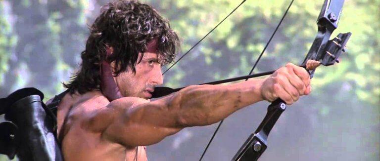 藍波再現!《第一滴血 5》中的藍波即將重拾弓箭,是否有機會重現「無聲殺敵」的經典畫面呢?