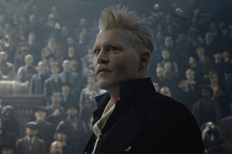 《怪獸與葛林戴華德的罪行》的主要反派葛林戴華德(強尼戴普 飾)。