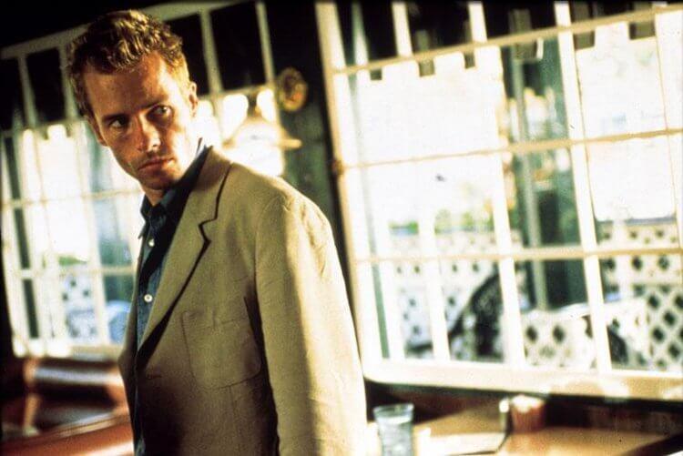 諾蘭電影《記憶拼圖》喬皮爾斯。