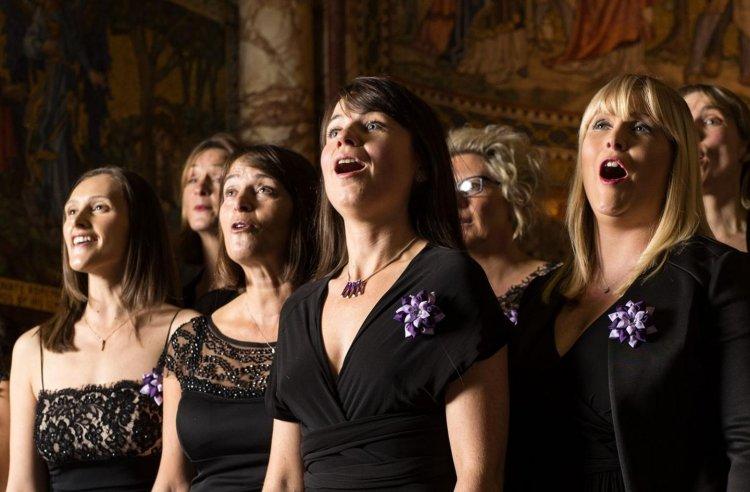 導演彼得卡坦尼歐表示希望藉由《女聲我最美》來激勵人心,讓觀眾從這些歌聲中受到鼓舞、重獲力量。