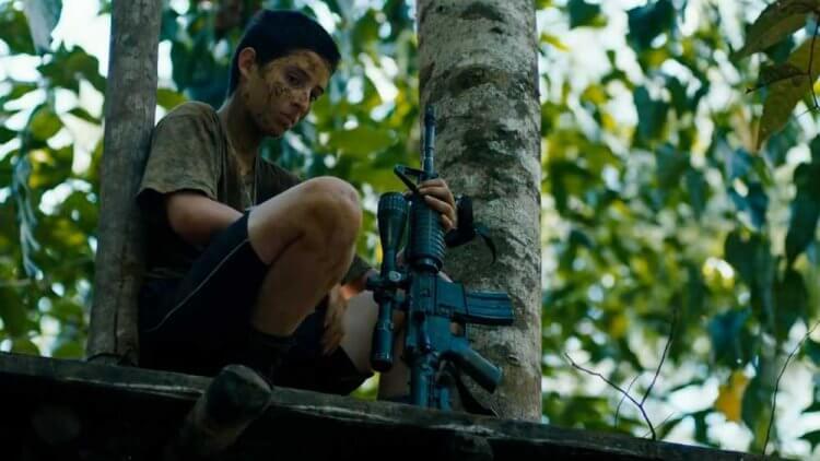 阿雷漢卓蘭迪斯《失控少年兵團》飾演 Rambo 的蘇菲亞布埃納文圖拉。