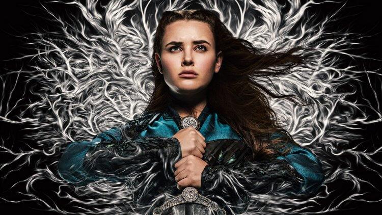 【線上看】Netflix《天命之咒》改編亞瑟王傳說!凱薩琳蘭福德成手持王者之劍的「湖中妖女」妮妙首圖