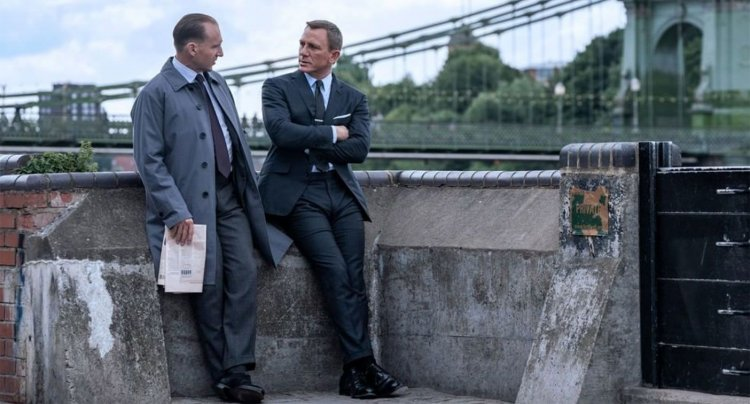 《007:生死交戰》最新釋出的劇照。