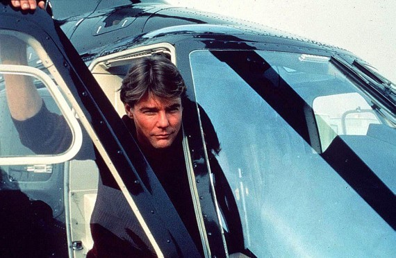 風靡 80 年代的經典美劇影集《飛狼》(Airwolf)。