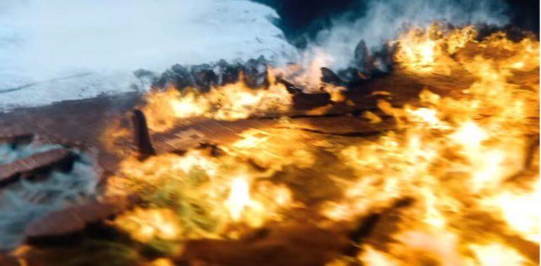 HBO 熱門美劇《冰與火之歌:權力遊戲》最終季前導預告中,冰與火在維斯特洛大陸上相互衝撞。