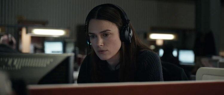 綺拉奈特莉在《瞞天機密》中飾演在台灣出生成長的英國情報員,並也練出一口台灣口音。