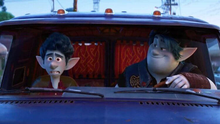皮克斯全新動畫《1/2 的魔法》由湯姆霍蘭德、克里斯普瑞特為兩位主角配音。