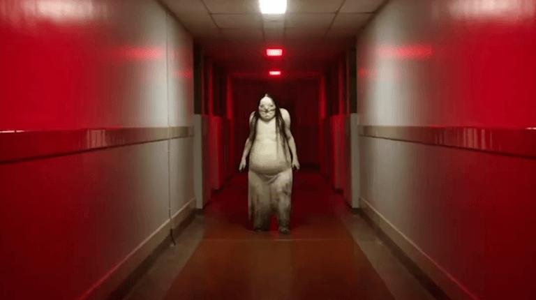 《在黑暗中說的鬼故事》將於 8 月 9 日起上映。