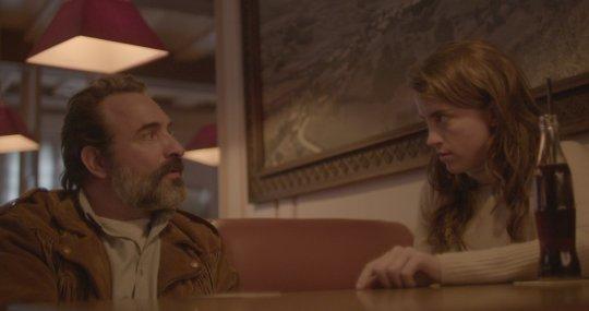 2019 多倫多影展《鹿皮奇談》觀眾票選第一名的ㄎㄧㄤ片,由奧斯卡影帝的尚杜賈丹(Jean Dujardin) 與凱撒獎影后阿黛兒艾奈爾(Adele Haenel) 領銜主演。