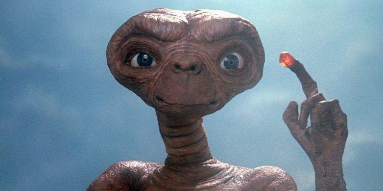 《E.T. 外星人》電影劇照。