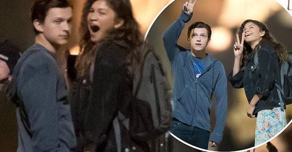 日前外流的《蜘蛛人:離家日》拍攝場邊照可看到湯姆霍蘭德與千黛亞一同入鏡。