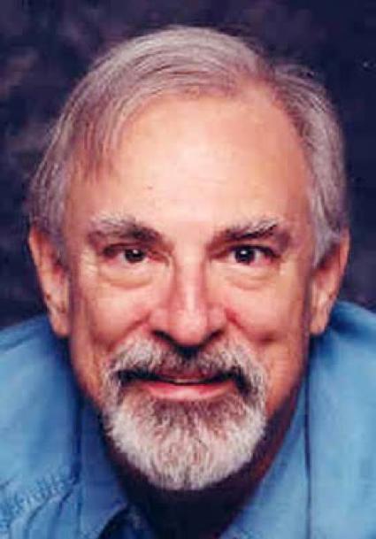 《 猛龍怪客 》 原作小說 作者 布萊恩加菲爾德 。