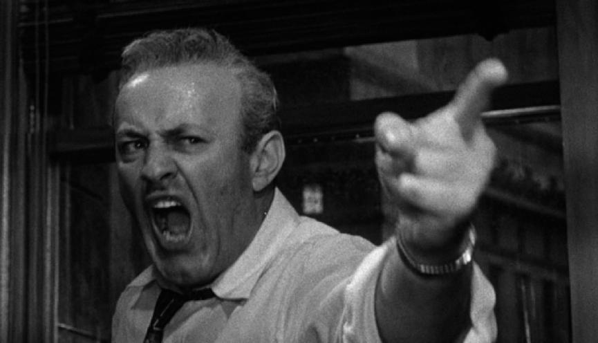 銀幕上永遠憤怒的硬漢 : 喬治史考特 也曾推辭演出《 猛龍怪客 》。