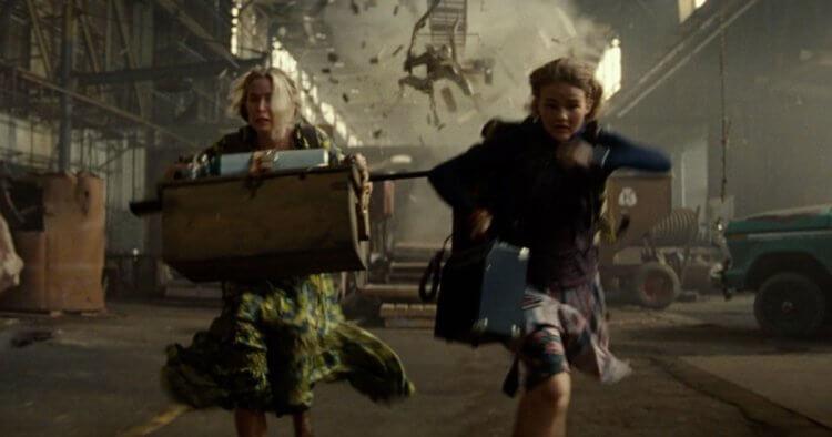 《噤界 II》 (A Quiet Place 2) 艾蜜莉布朗與孩子將逃離未知的危險。